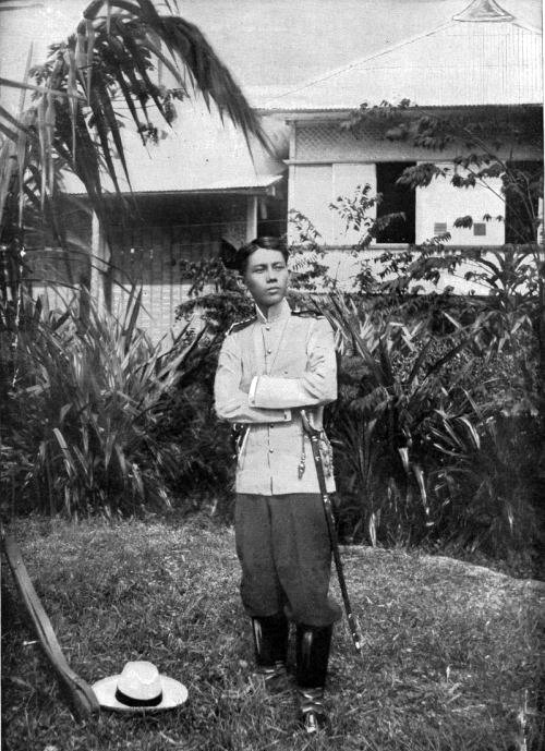Gregorio del Pilar with arms folded